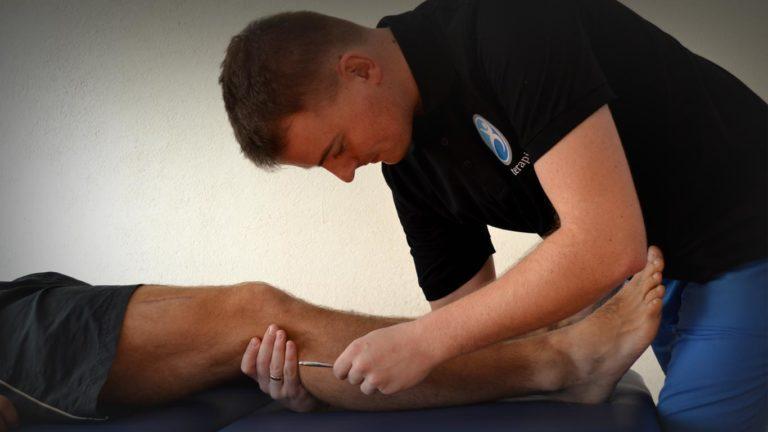 Terapeuta manualny bada odczucie bólu u pacjenta obciążonego neurologicznie. Pojawia się więc ból neurologiczny który w tej sytuacji nazywanej i określanej jako: masaż katowice, bądź też masaż katowice opinie. Oba zagadnienia są w stanie rozwiązać problem u pacjenta lub pacjentki poddawanej badaniu. Warto wziąść więc oba powyższe słowa pod uwagę.