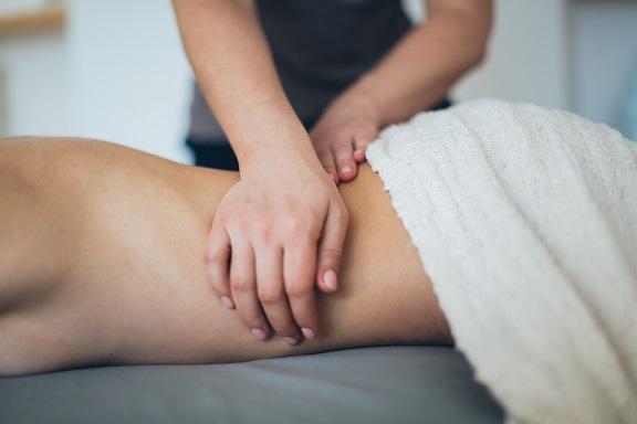 masaż leczniczy katowice, masaż kręgosłupa katowice, masaże lecznicze katowice, masaż katowice, masaż katowice opinie,